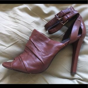 Elizabeth and James Olisa Heels